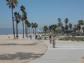 1058392-Cycling_on_Venice_Beach-Venice
